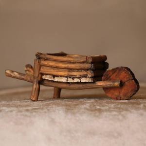 Mini Lleawar Chair